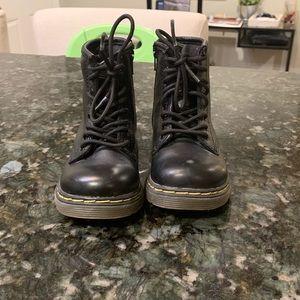 Toddler Dr. Martens Brooklee Boots